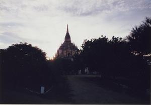 124.ゴトーパリィン寺院.jpg