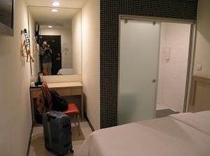 14.安可旅店部屋2.jpg