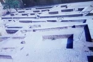 154.アルマスの広場(アルカサバ).jpg