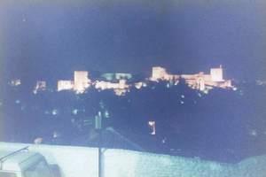 183.サン・ニコラス展望台よりアルハンブラ宮殿を望む夜景.jpg