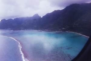 221.上空からモーレア島の海.jpg