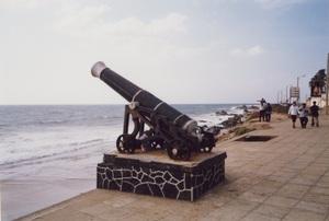 256.フォートの砲台.jpg