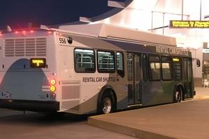 354.レンタカーシャトルバス.jpg