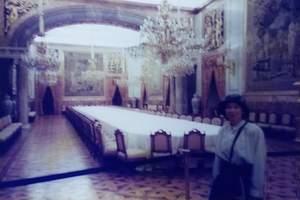 496.饗宴の食堂.jpg