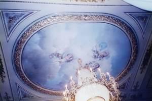 7.天井が宮殿のよう.jpg